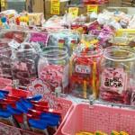 結婚式での菓子まきは盛り上がってお勧め!